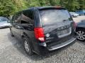 Dodge Grand Caravan Crew Brilliant Black Crystal Pearl photo #2