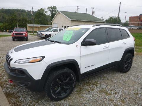 Bright White 2016 Jeep Cherokee Trailhawk 4x4