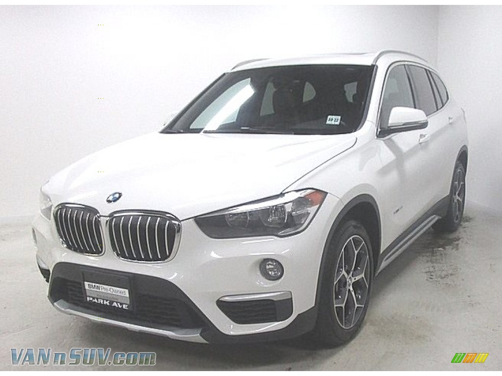 Alpine White / Mocha BMW X1 xDrive28i