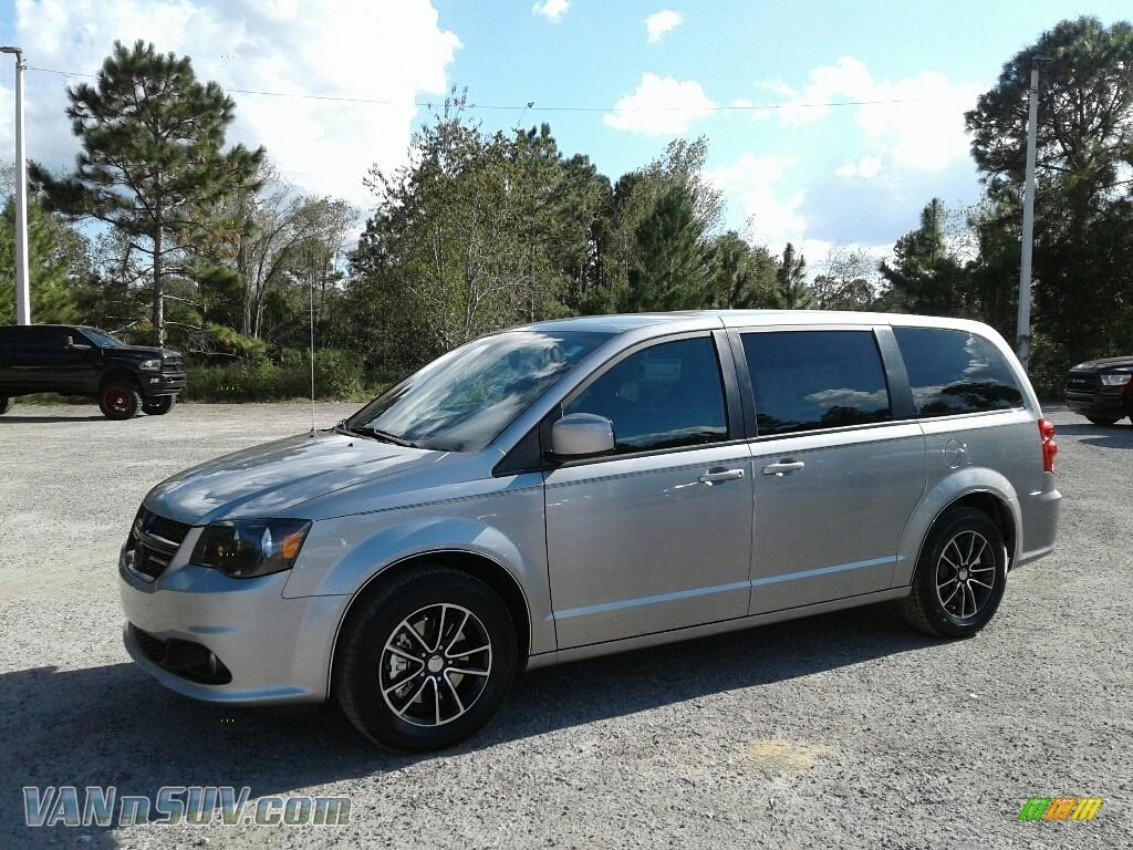 Billet / Black Dodge Grand Caravan SE Plus