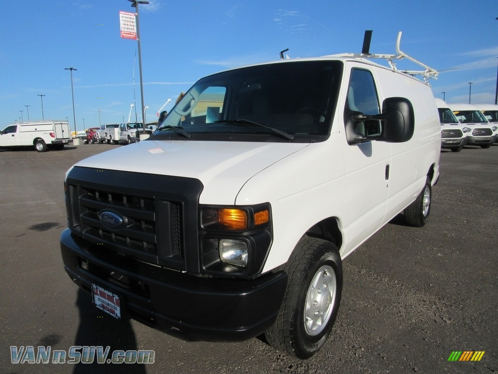 2013 E Series Van E250 Cargo - Oxford White / Medium Flint photo #1