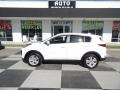 Kia Sportage LX AWD Clear White photo #1