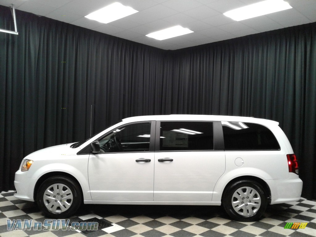 2019 Grand Caravan SE - White Knuckle / Black/Light Graystone photo #1