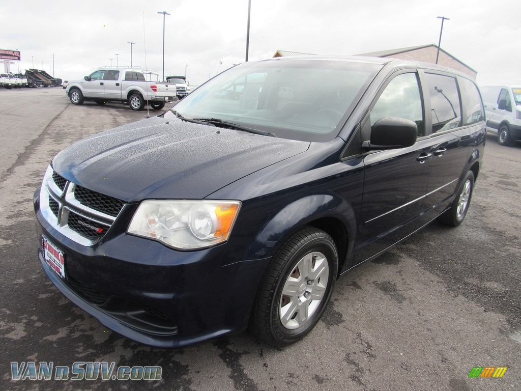 2012 Grand Caravan SE - True Blue Pearl / Black/Light Graystone photo #1