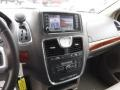 Chrysler Town & Country Touring Cashmere Pearl photo #15