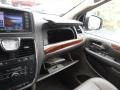 Chrysler Town & Country Touring Cashmere Pearl photo #23