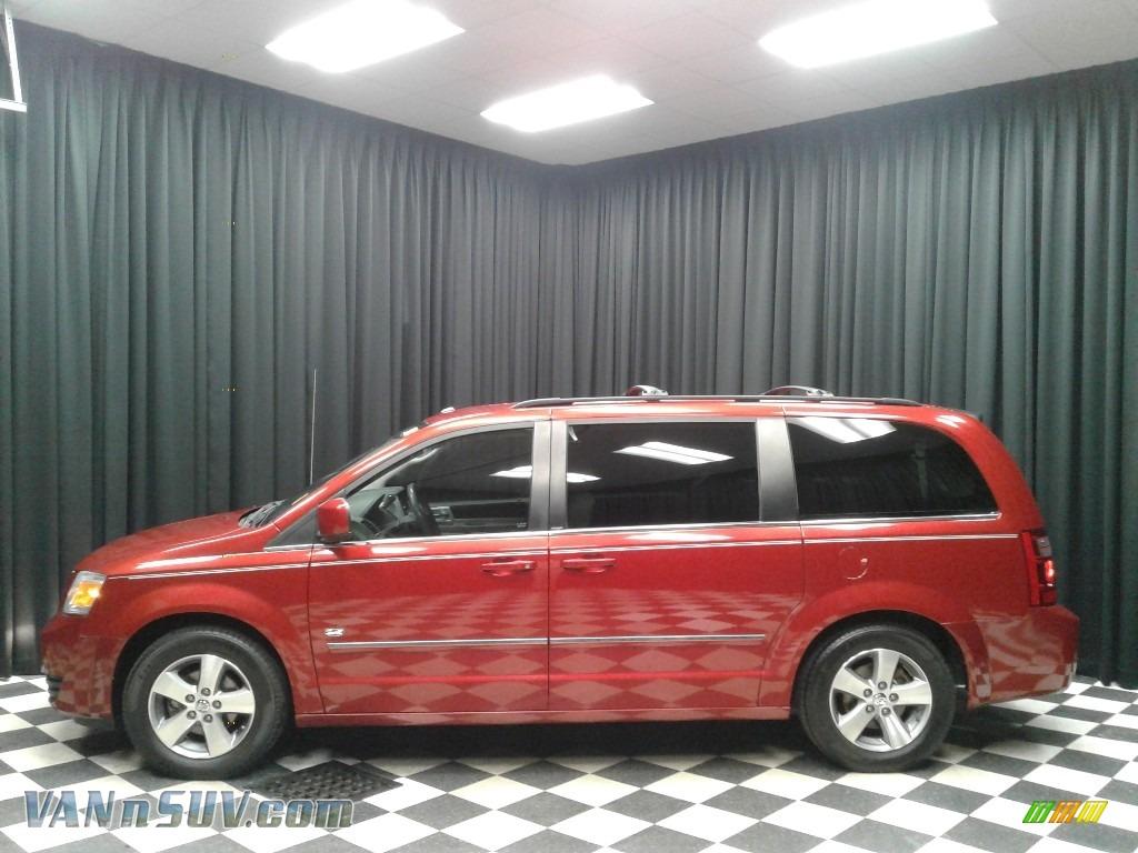 2009 Grand Caravan SXT - Inferno Red Crystal Pearl / Medium Slate Gray/Light Shale photo #1
