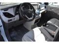 Toyota Sienna XLE Blizzard Pearl White photo #5