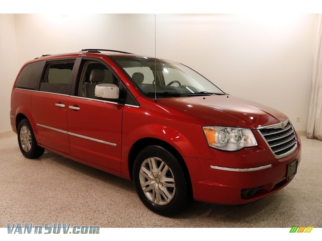 Inferno Red Crystal Pearlcoat / Medium Slate Gray/Light Shale Chrysler Town & Country Limited
