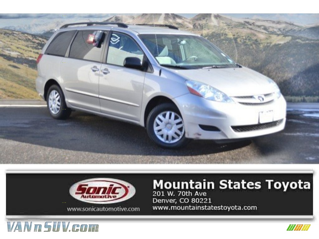 Silver Shadow Pearl / Stone Toyota Sienna LE