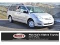 Toyota Sienna LE Silver Shadow Pearl photo #1