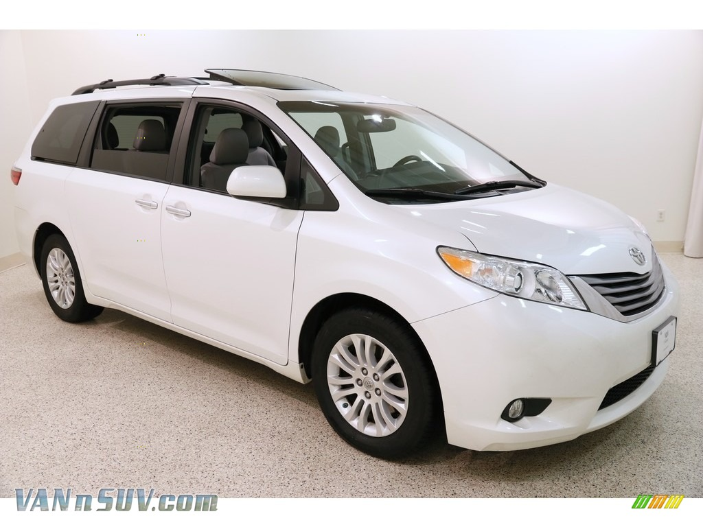 2015 Sienna XLE - Blizzard White Pearl / Ash photo #1
