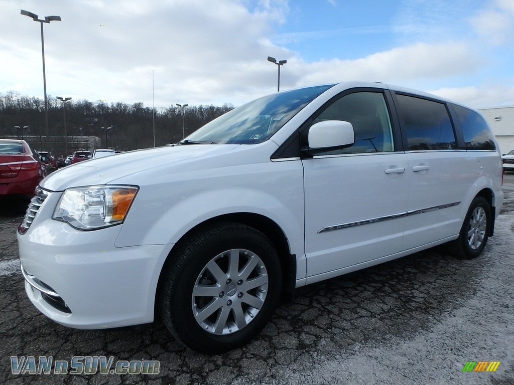 2015 Town & Country Touring - Bright White / Black/Light Graystone photo #1