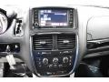 Dodge Grand Caravan SXT Black Onyx Crystal Pearl photo #14