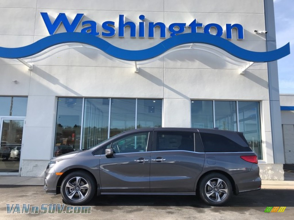 Modern Steel Metallic / Gray Honda Odyssey Touring