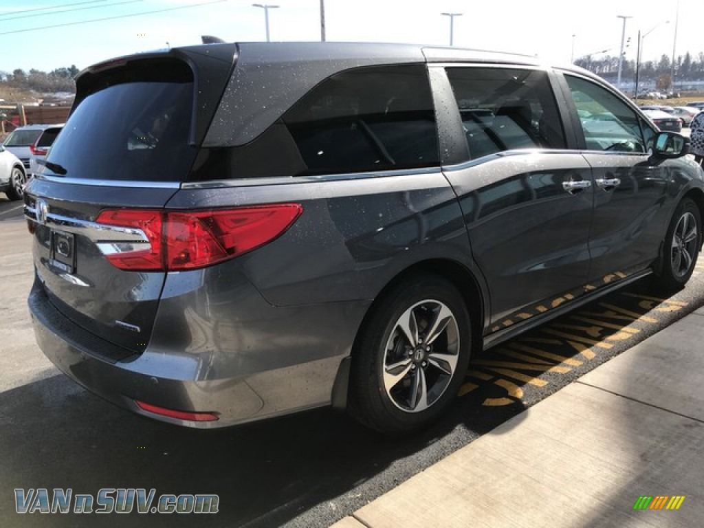 2019 Odyssey Touring - Modern Steel Metallic / Gray photo #6