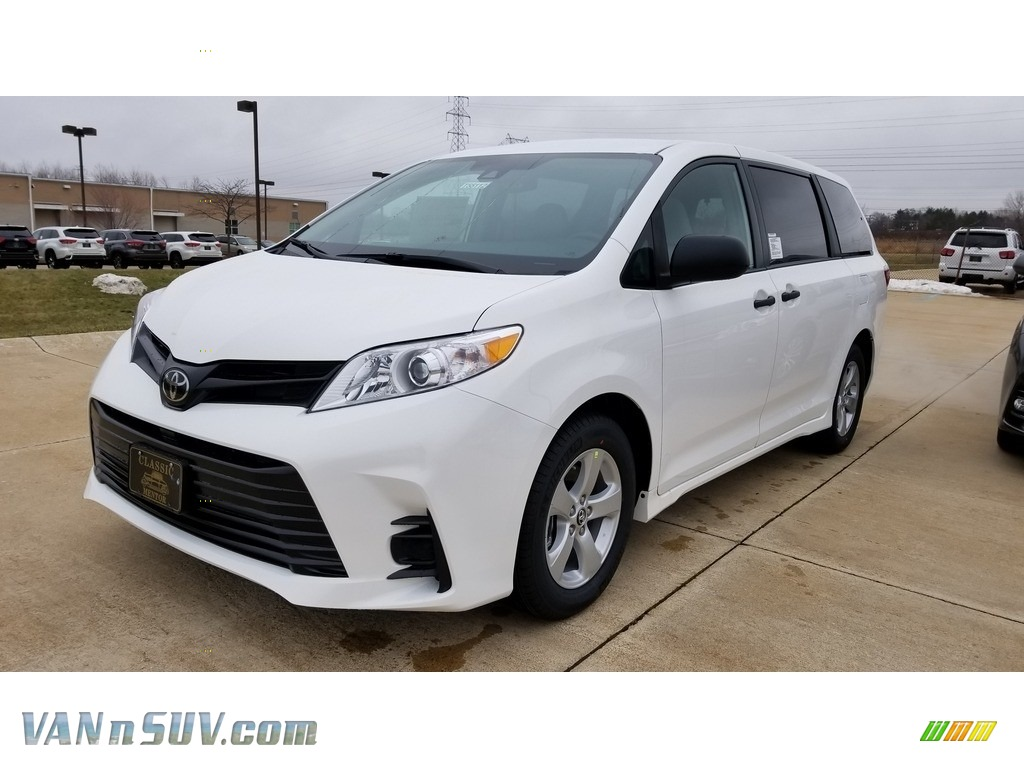 2019 Sienna L - Super White / Ash photo #1