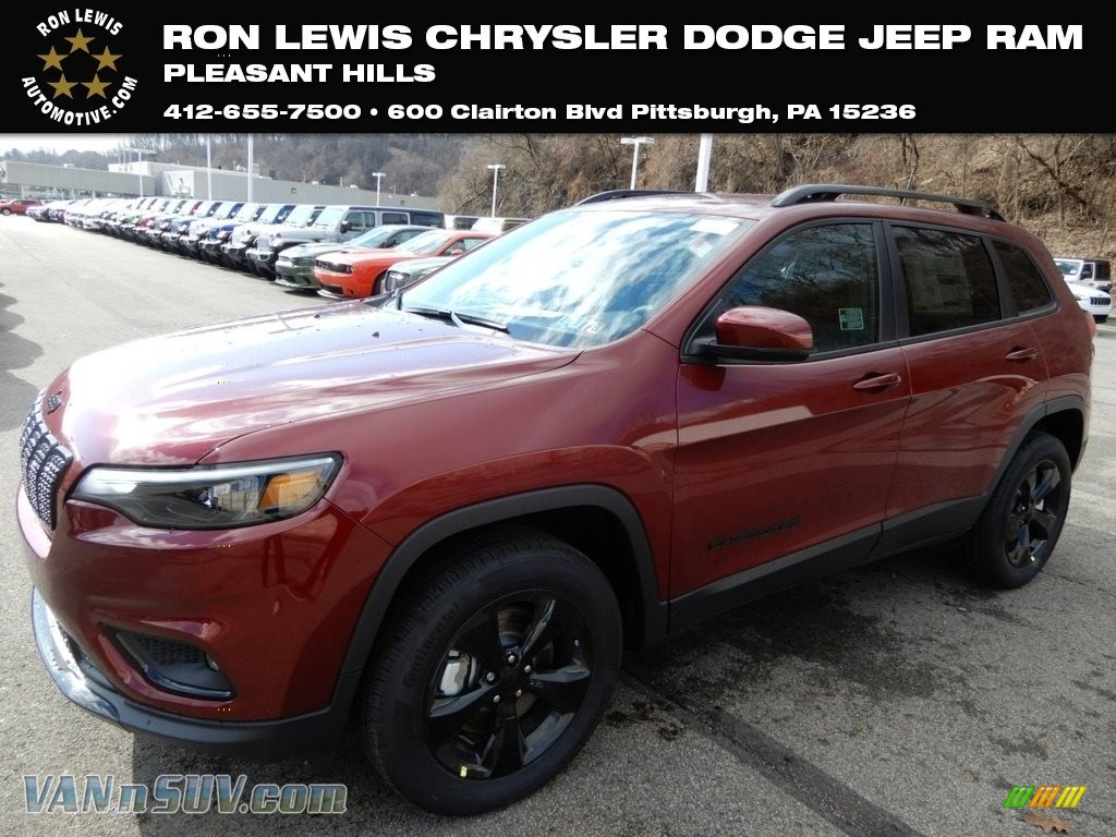 Velvet Red Pearl / Black Jeep Cherokee Latitude Plus 4x4