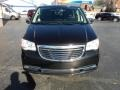 Chrysler Town & Country Touring-L Brilliant Black Crystal Pearl photo #29