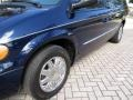 Chrysler Town & Country Limited Midnight Blue Pearlcoat photo #35