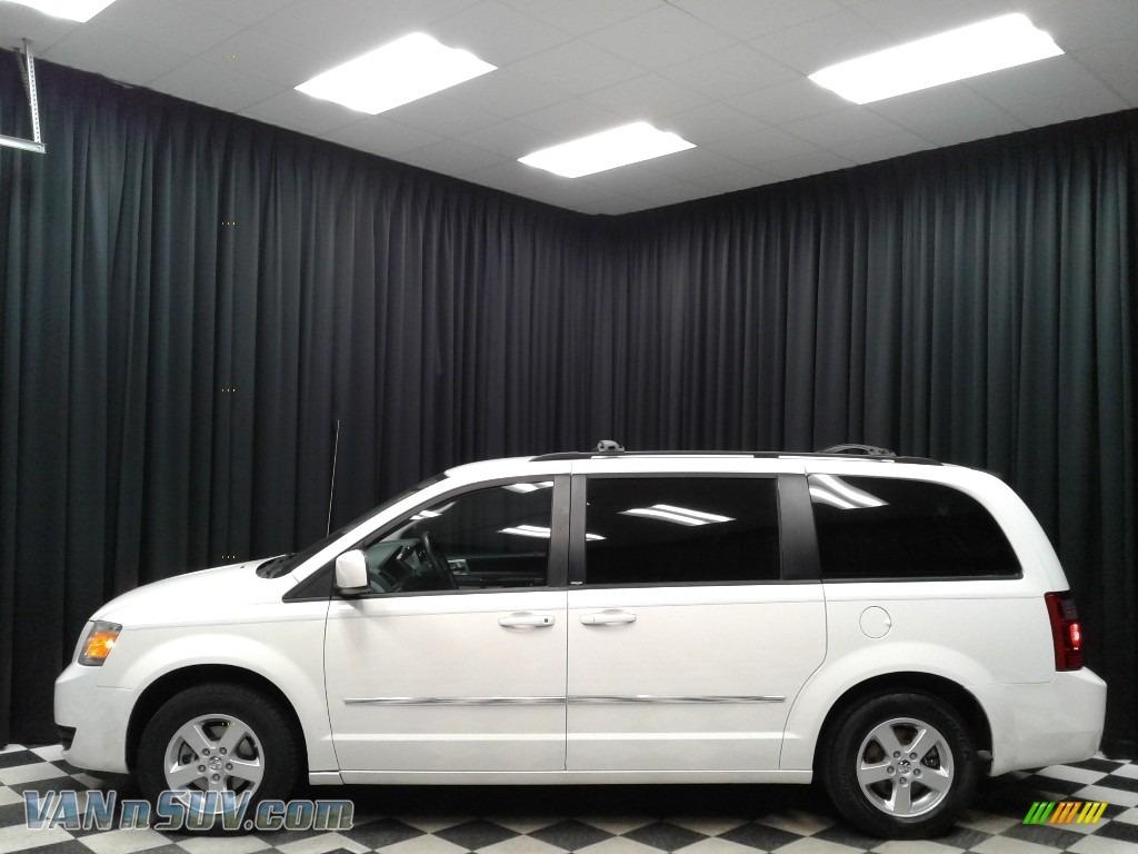 2010 Grand Caravan SXT - Stone White / Dark Slate Gray/Light Shale photo #1