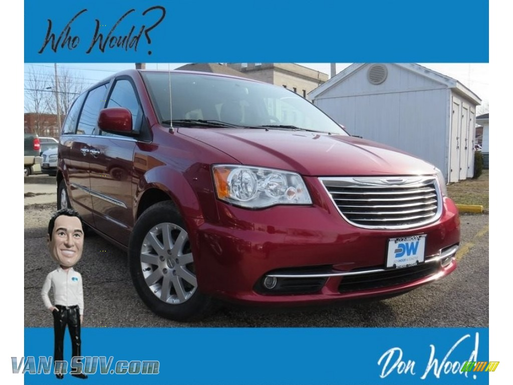 Deep Cherry Red Crystal Pearl / Black/Light Graystone Chrysler Town & Country Touring