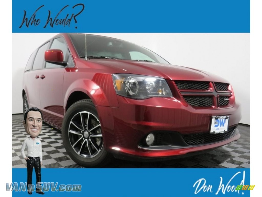 2019 Grand Caravan GT - Octane Red Pearl / Black photo #1