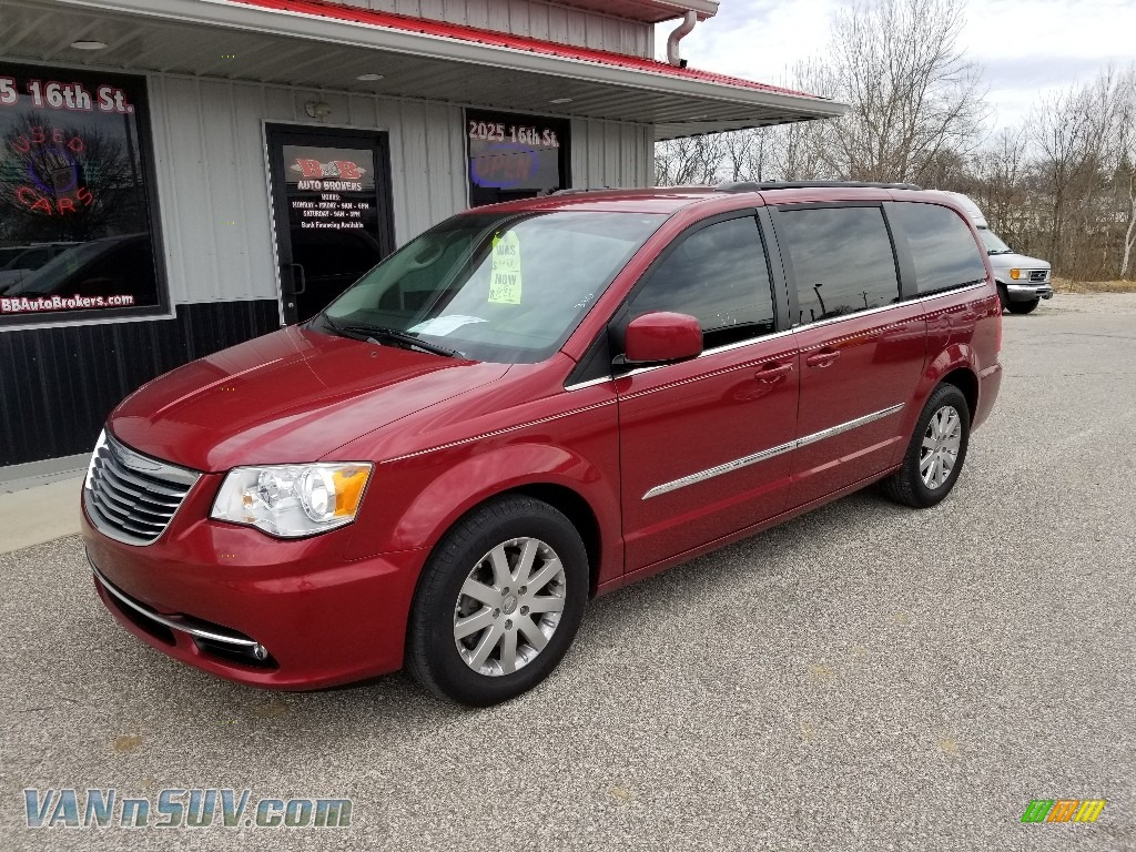 2014 Town & Country Touring - Deep Cherry Red Crystal Pearl / Black/Light Graystone photo #1