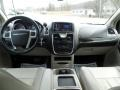 Chrysler Town & Country Touring Brilliant Black Crystal Pearl photo #27