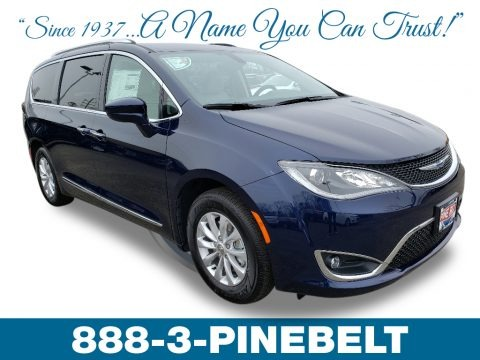 Jazz Blue Pearl 2019 Chrysler Pacifica Touring L