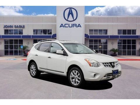 Pearl White 2012 Nissan Rogue SL
