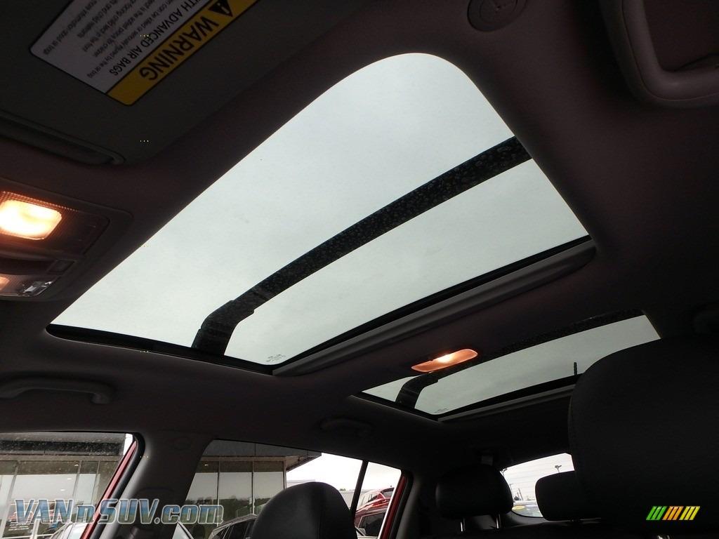2013 Sportage EX AWD - Signal Red / Black photo #23
