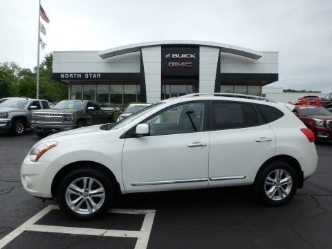 Pearl White 2012 Nissan Rogue SV