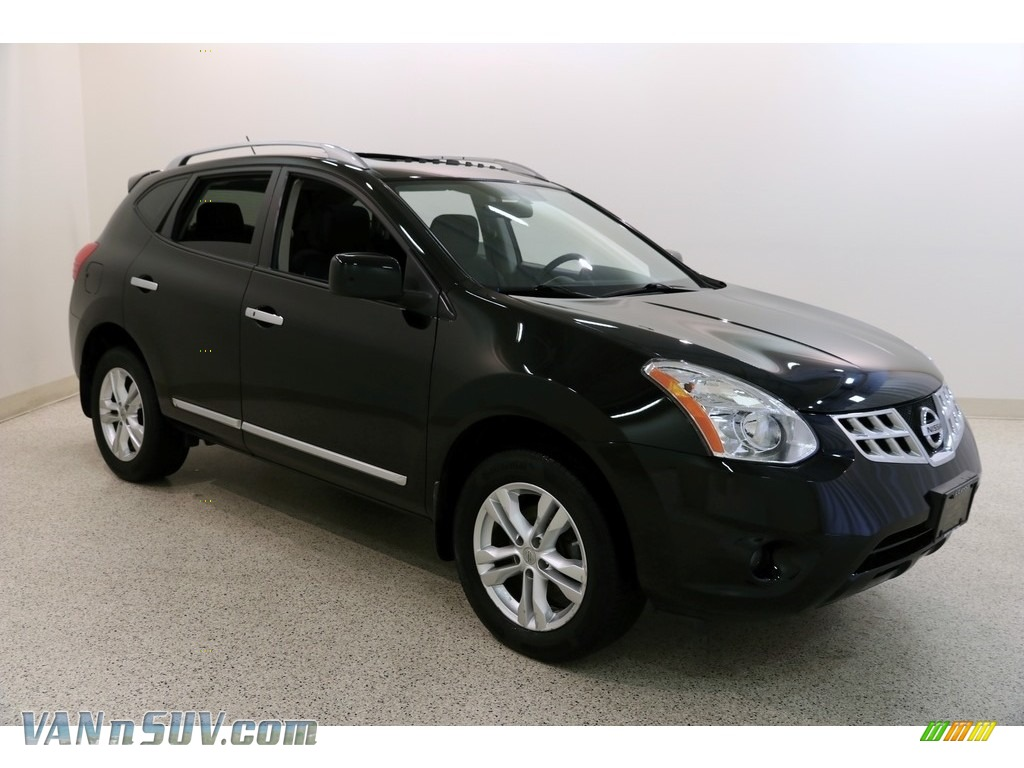 2013 Rogue SV AWD - Super Black / Black photo #1
