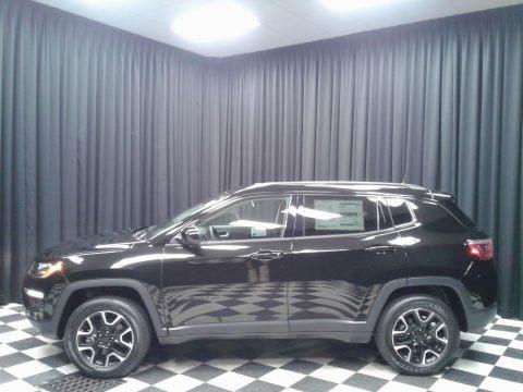 Diamond Black Crystal Pearl 2019 Jeep Compass Sport 4x4