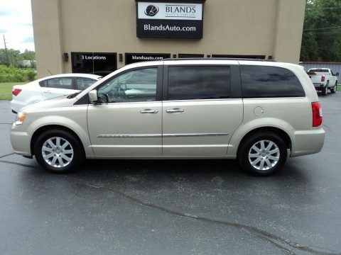 Cashmere/Sandstone Pearl 2015 Chrysler Town & Country Touring