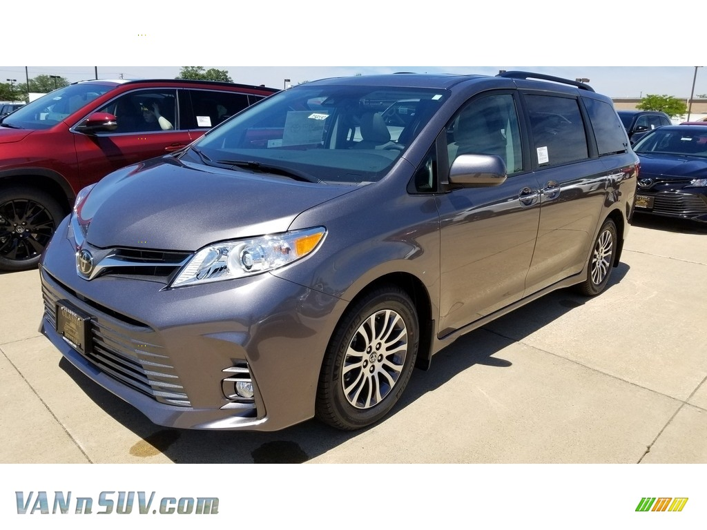 2020 Sienna XLE - Predawn Gray Mica / Ash photo #1
