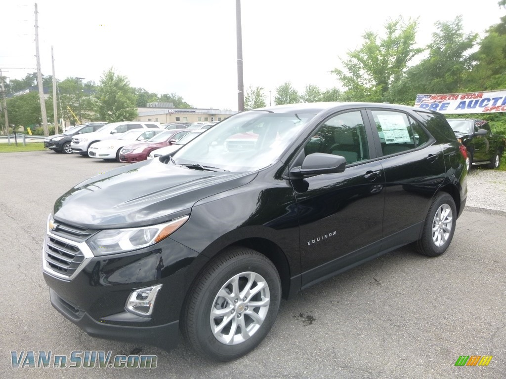 Mosaic Black Metallic / Ash Gray Chevrolet Equinox LS AWD