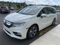 Honda Odyssey Touring White Diamond Pearl photo #4
