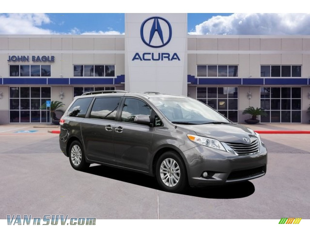 2014 Sienna XLE - Predawn Gray Mica / Bisque photo #1
