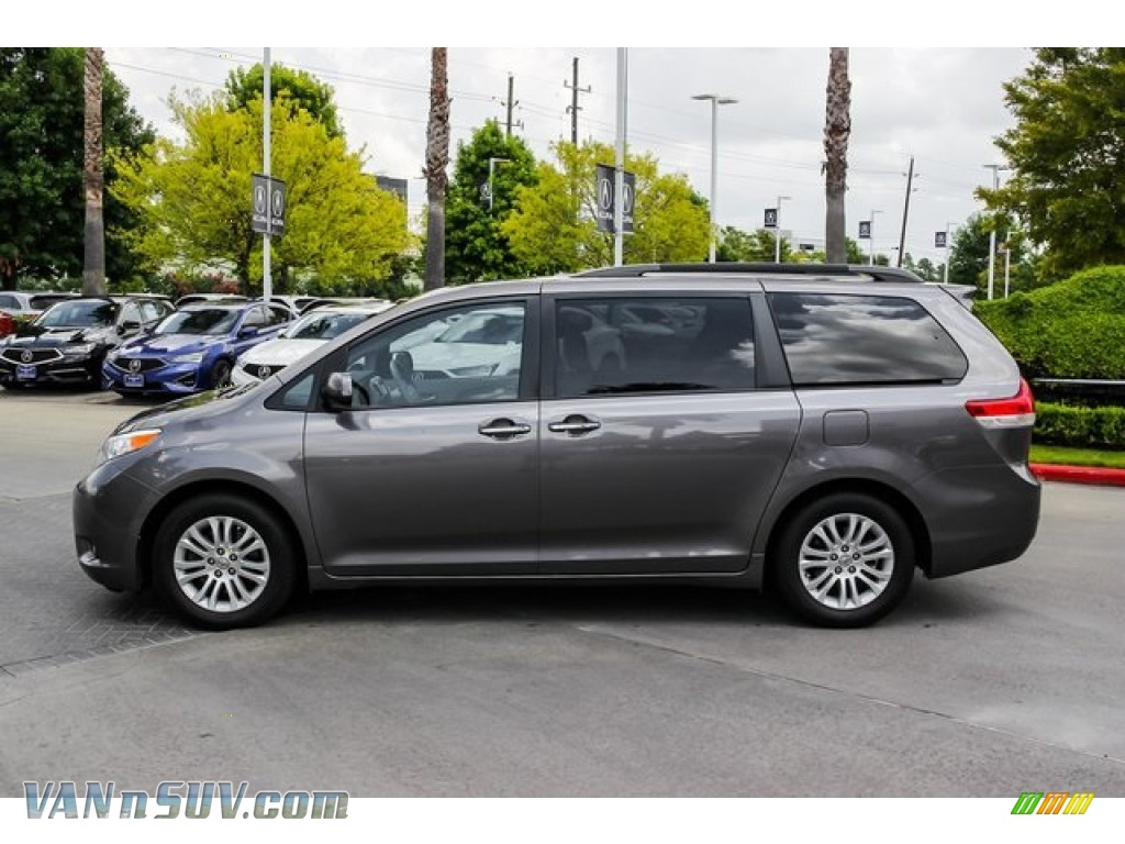 2014 Sienna XLE - Predawn Gray Mica / Bisque photo #4