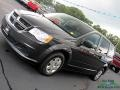 Dodge Grand Caravan Express Dark Charcoal Pearl photo #30