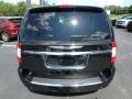 Chrysler Town & Country Touring - L Brilliant Black Crystal Pearl photo #9