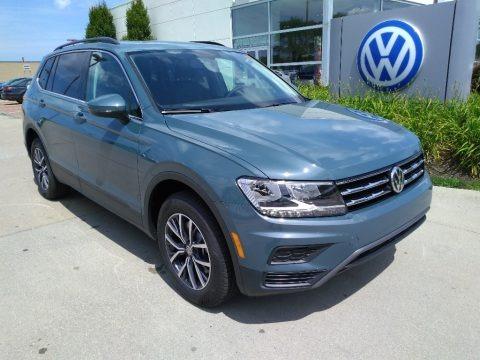Stone Blue Metallic 2019 Volkswagen Tiguan SE 4MOTION