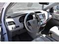 Toyota Sienna XLE AWD Super White photo #10