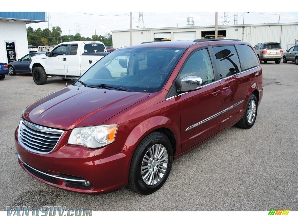 2013 Town & Country Touring - L - Deep Cherry Red Crystal Pearl / Black/Light Graystone photo #1