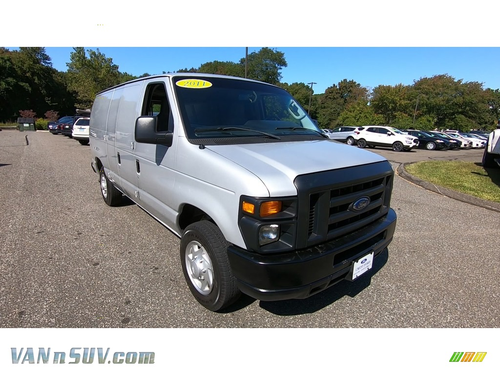 Ingot Silver Metallic / Medium Flint Ford E Series Van E150 Commercial