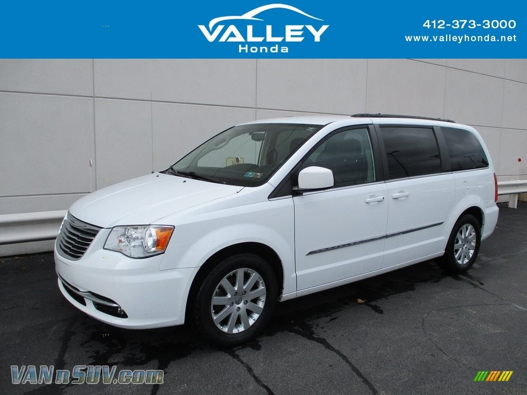 2014 Town & Country Touring - Bright White / Black/Light Graystone photo #1