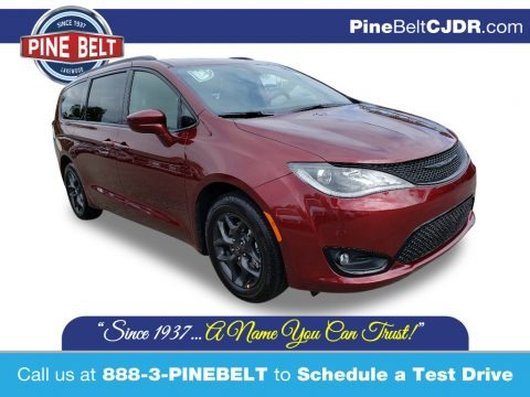 Velvet Red Pearl 2020 Chrysler Pacifica Touring L