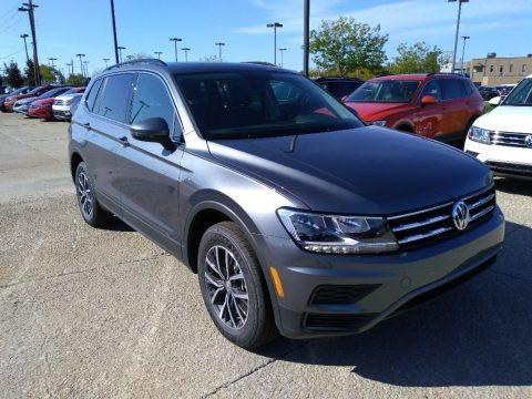 Platinum Gray Metallic 2019 Volkswagen Tiguan SE 4MOTION